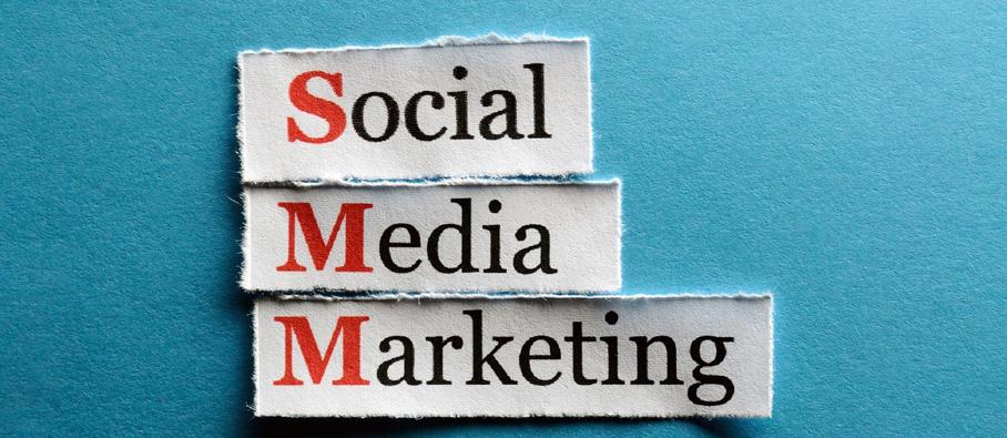 یک نوع بازاریابی که شامل ایجاد و به اشتراک گذاری آنلاین مواردی همچون  فیلم ها، وبلاگ ها، و پست های رسانه های اجتماعی است که به صراحت یک برند را تبلیغ نمی کند، اما به صورتی در نظر گرفته شده تا سبب جلب توجه و افزایش  علاقه  به محصولات و خدمات ارائه شده میگردد و به صورت غیر مستقیم سبب جذب مشتری های سودآور می شود.  4.بازاریابی رسانه های اجتماعی (SMM)