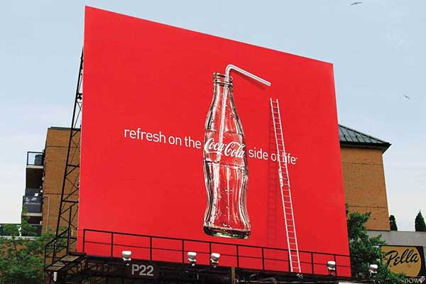 مقایسه تبلیغات محیطی کوکا کولا