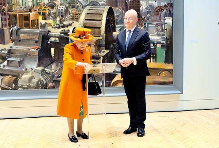 اولین پست اینستاگرامی ملکه انگلستان